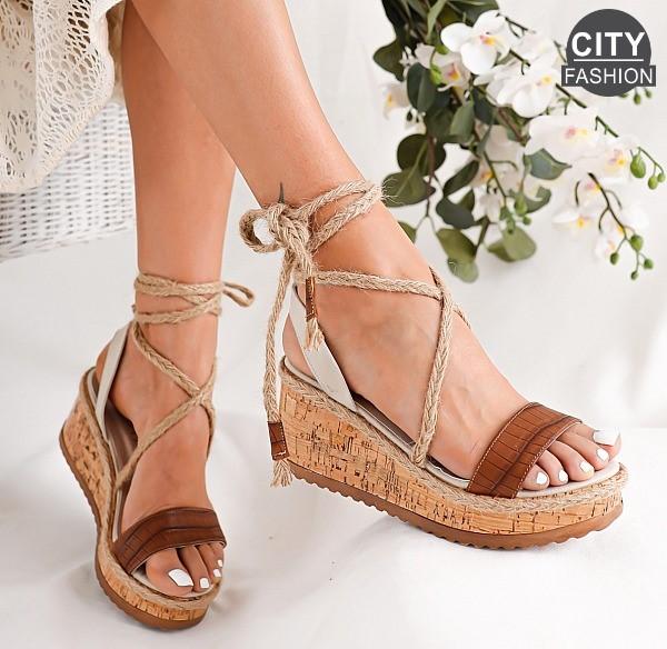 Modni poletni sandali za vsako priložnost