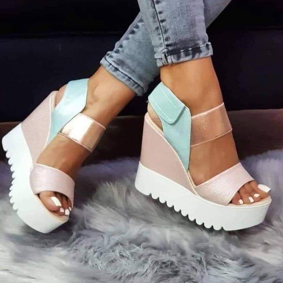 Sandali s peto in veliko mero elegance